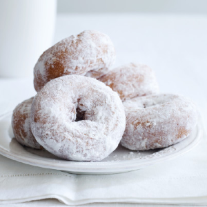 Make powdered donuts whiter